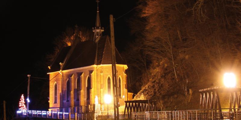 Kościół pw. św. Kingi świątecznie udekorowany